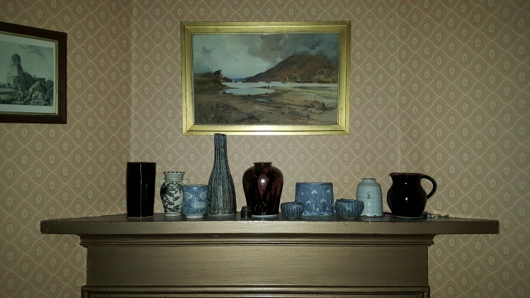 mantelpiece-sitting-room