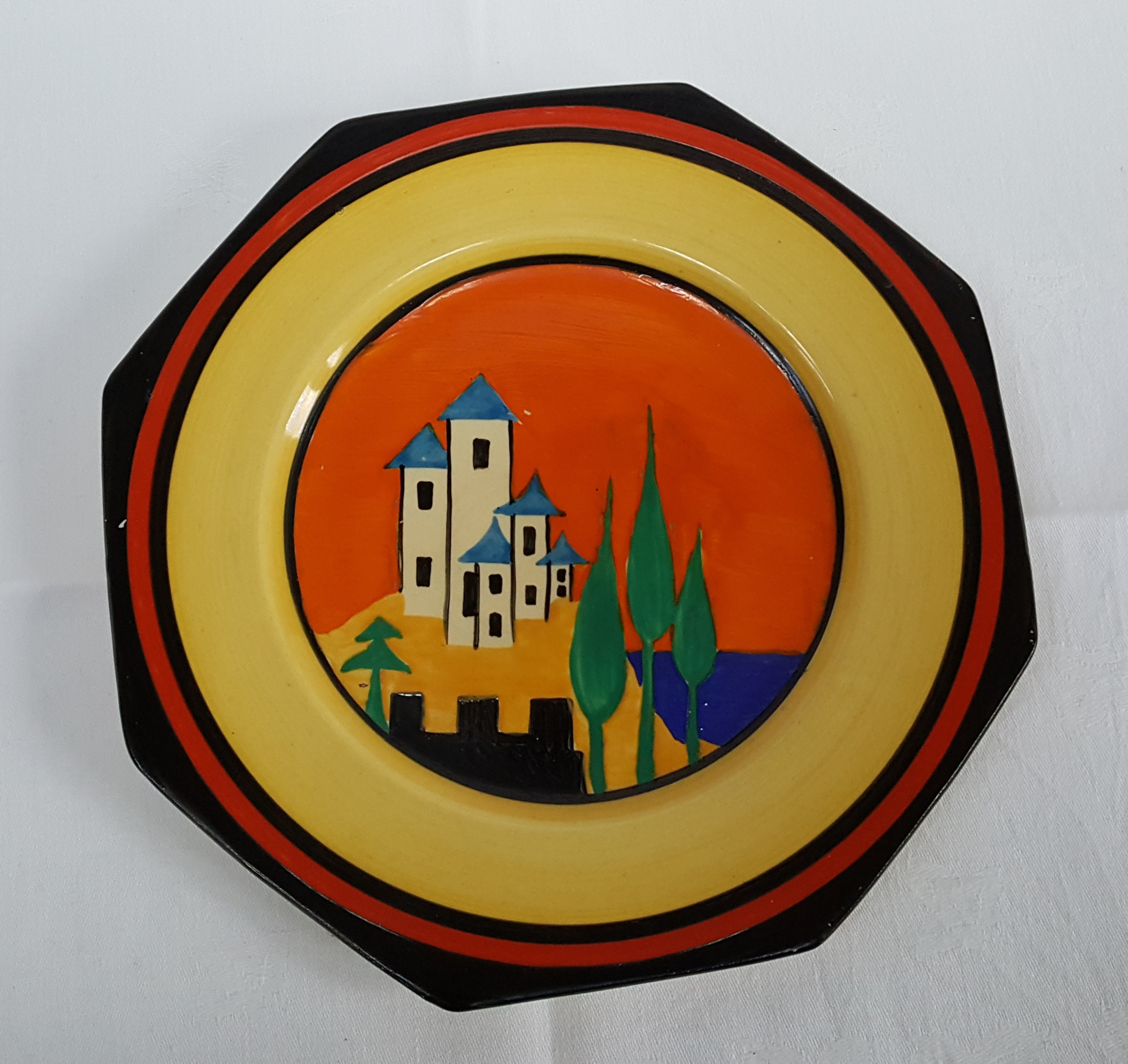 6_Clarice Cliff plate