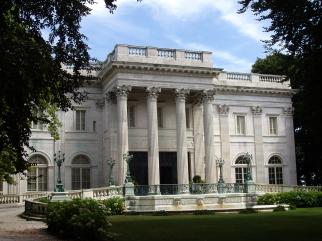 Marble_House,_Newport,_Rhode_Island (1)